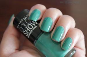 tenacious teal nail color