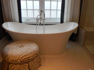 bathtub, bathroom