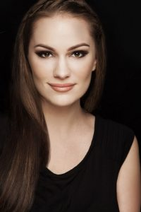 Nicole Weider