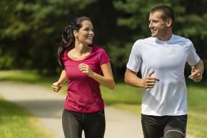Boyfriend and Girlfriend accomplishing weigh tloss together