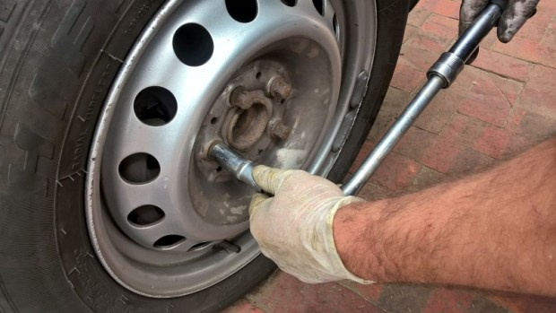 lug wrench removing nuts change your tires