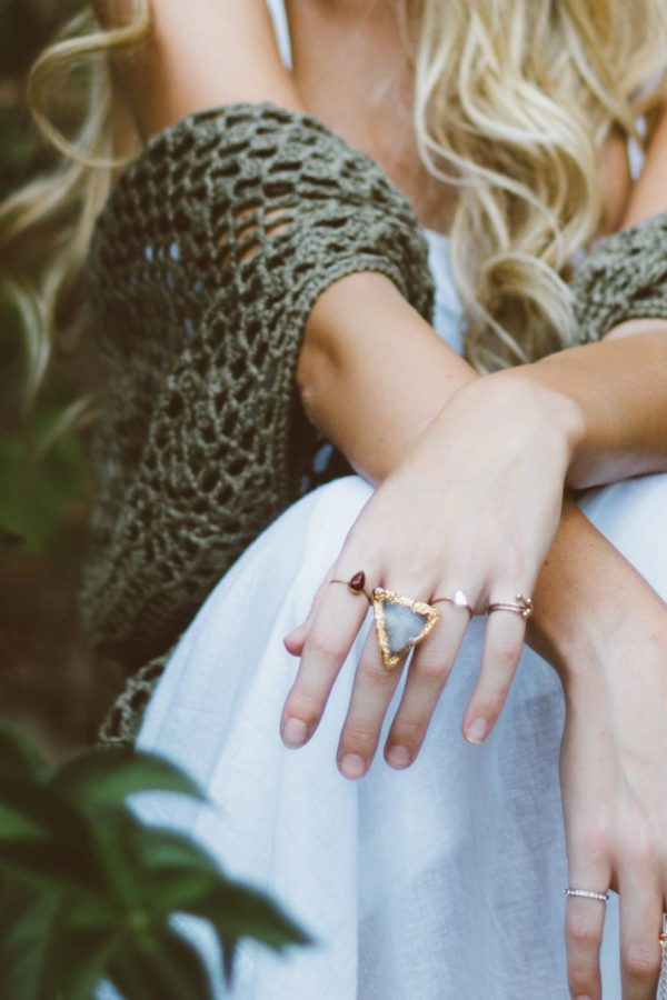 Unique Engagement Ring Alternatives for the Non-Diamond Gal