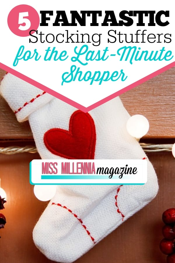 It might be super close to Christmas but you can still get some great stocking stuffers! Check out our top 5 recs for last-minute gifts!