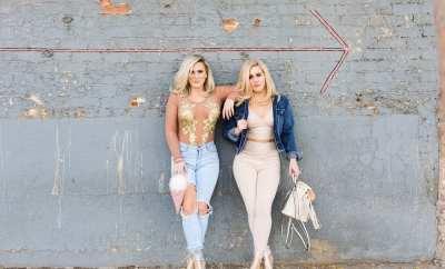 #smartblondes leslie and lindsey #likeagirl