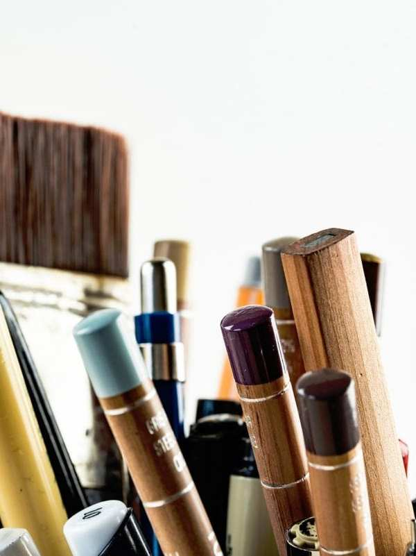 paint brushes and pens