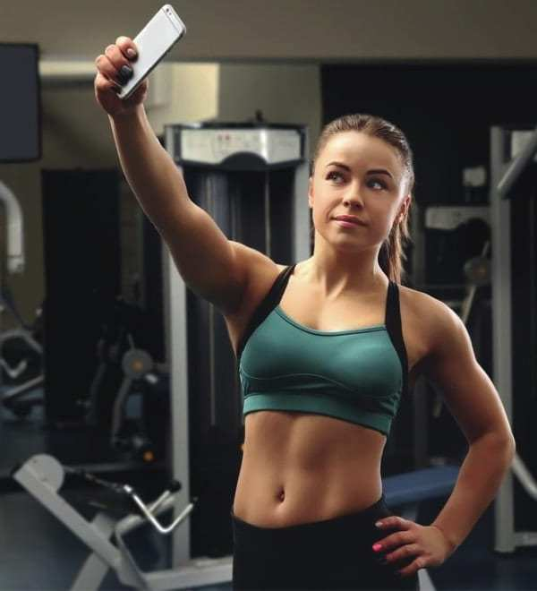 How to Take Insta-Worthy Workout Selfies