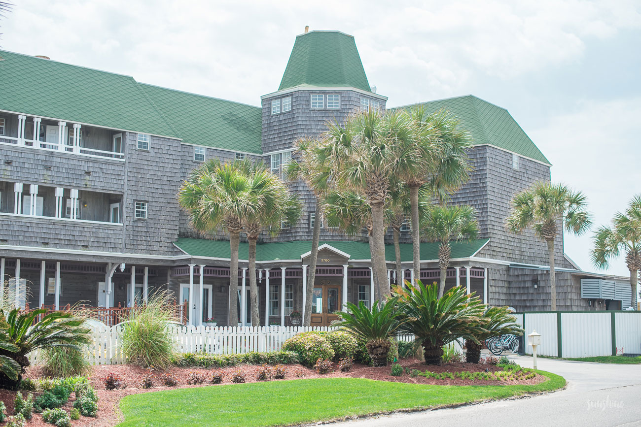 Henderson Park Inn in Destin, Florida