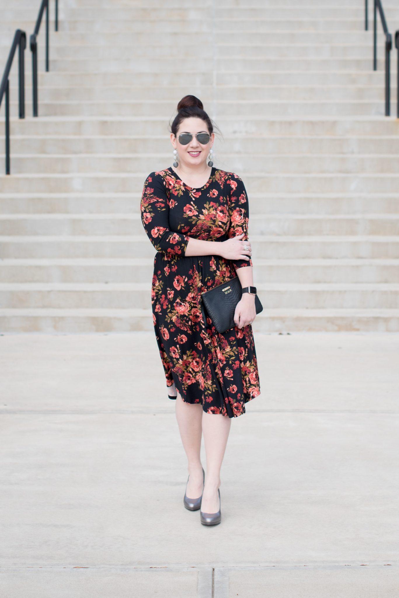 Winter Floral Midi Dress for Galentine's Day via @missmollymoon