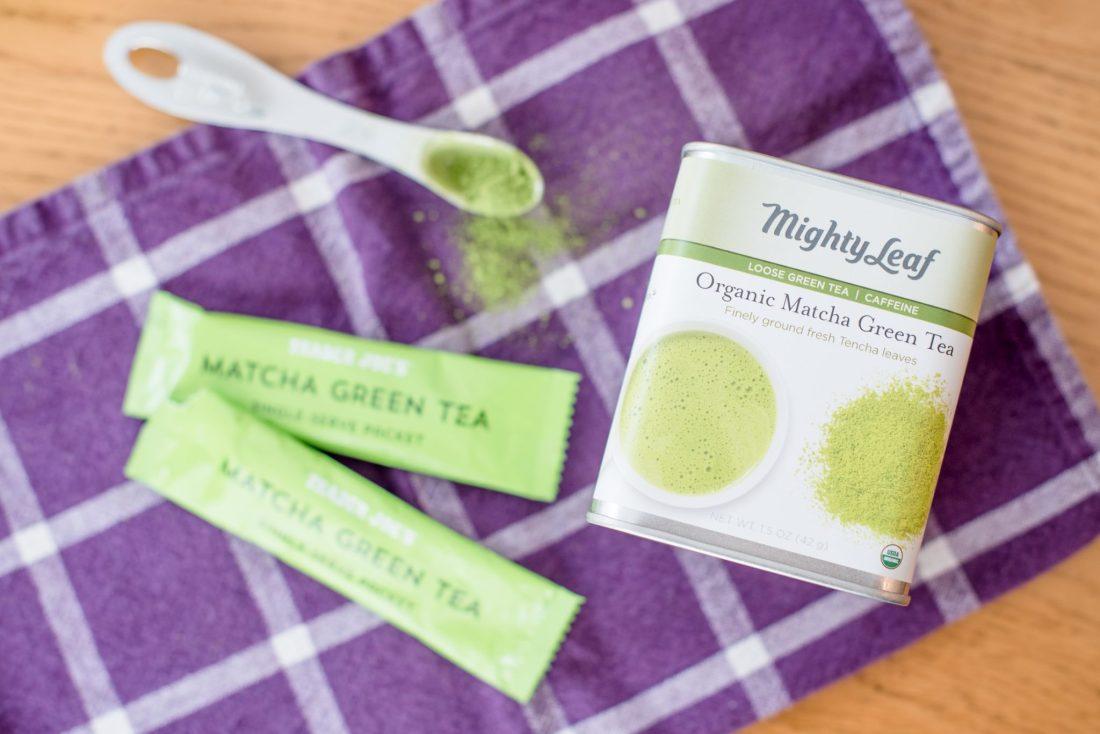Make Your Own Iced Matcha Lattes, Iced Green Tea Lattes via @missmollymoon