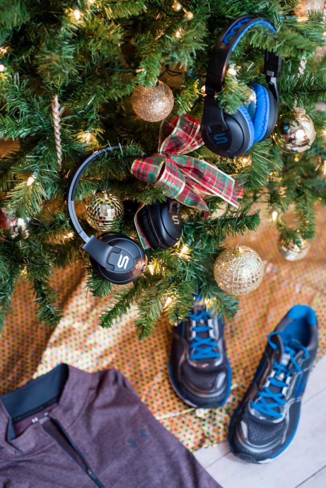 8 Great Fitness Gifts for Your Active Guy featured by top Atlanta life and style blogger Miss Molly Moon