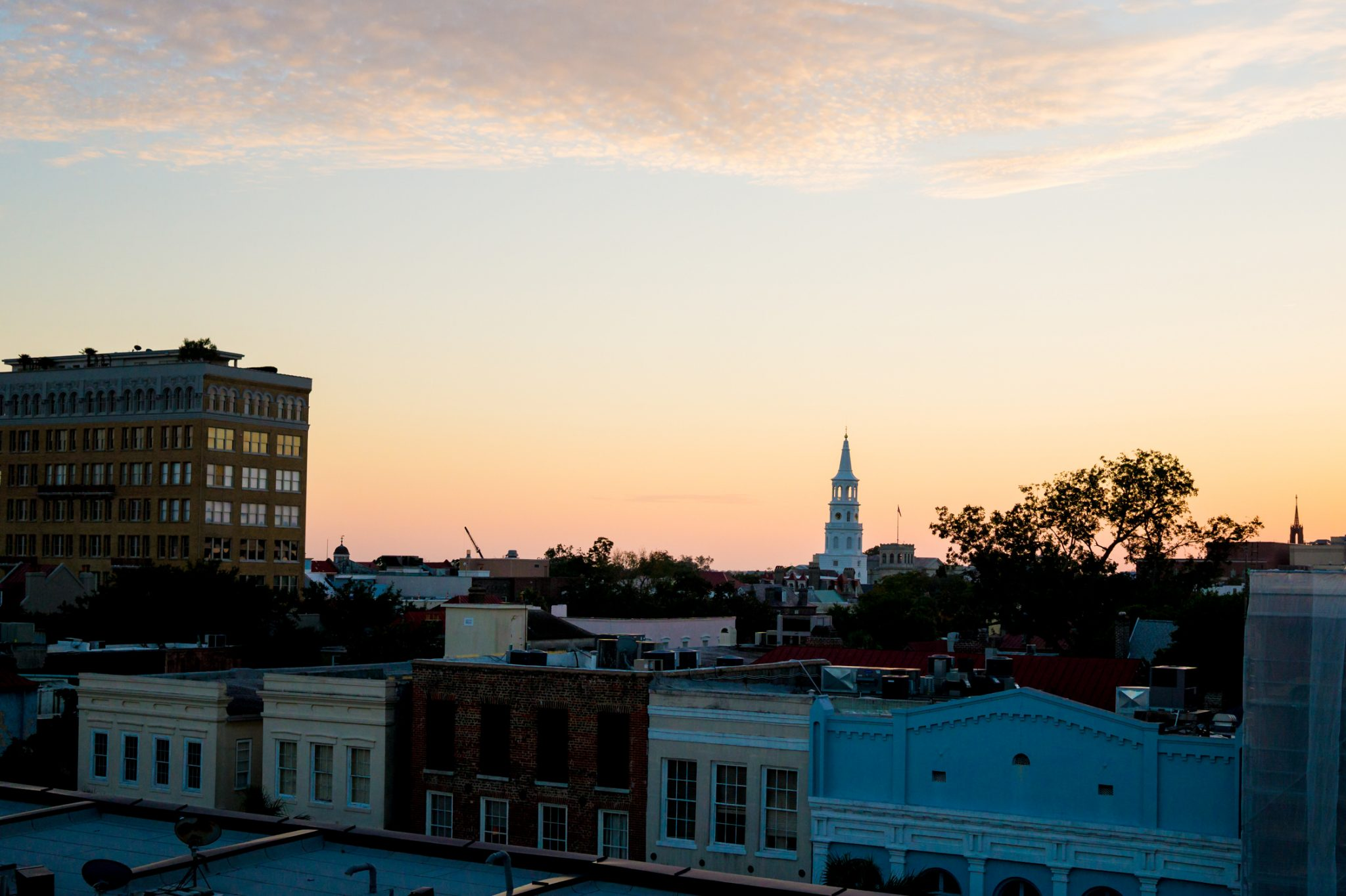 The Best Places to Eat & Drink in Charleston // Miss Molly Moon
