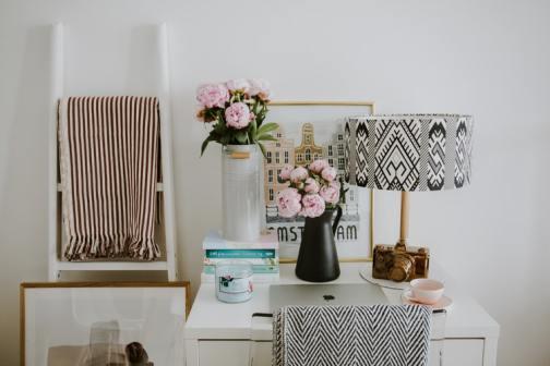 Artificial flower arrangements for  home decor