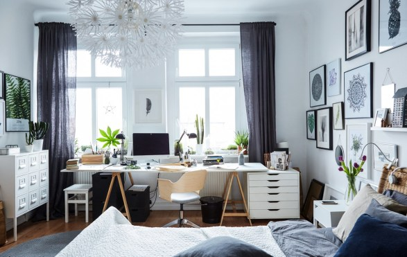 Bright and spacious master bedroom with office incorporated