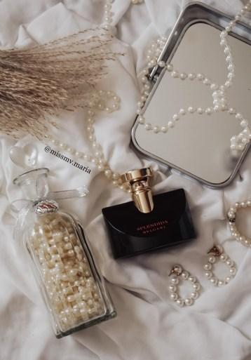 Bvlgari Jasmin Noir one of the best female perfume for boosting confidence