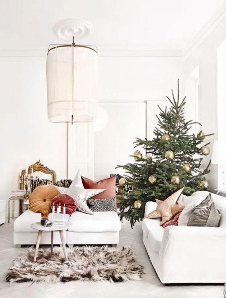 The best Scandinavian Christmas decor inspiration. Cozy Scandinavian Christmas decor