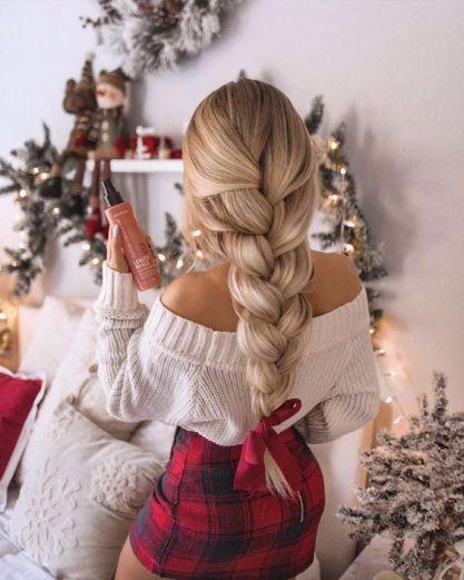 Cute blonde 3 strand braid hair