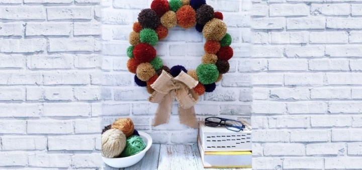 DIY pom pom Wreath step by step