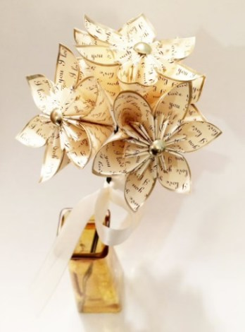 Glamorous  Champagne gold paper flowers