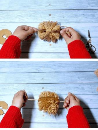 How to Make Yarn Pom Poms fast