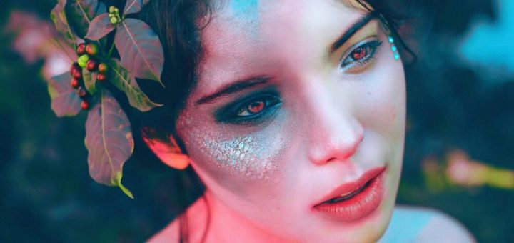 Mesmerizing Halloween makeup looks