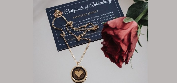 Nanostyle 24k gold inscription necklace for her anniversary review
