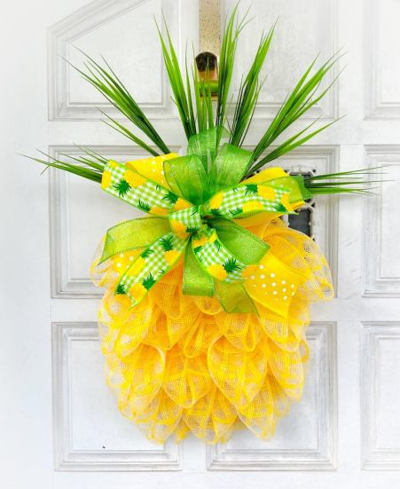Pineapple summer wreath