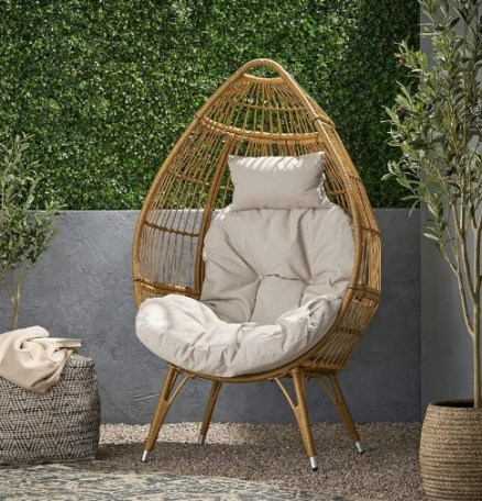 Rattan egg chair for indoor and outdoor