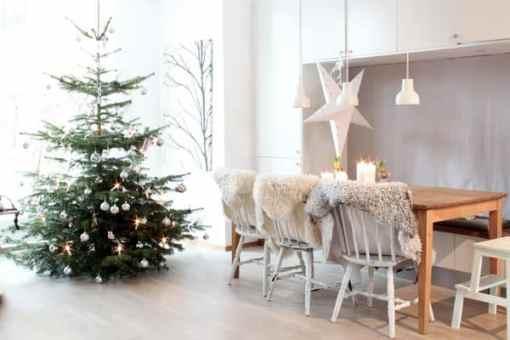 Scandinavian Christmas dining room