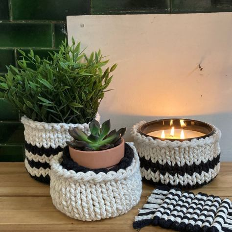 Set of 3 Knitted rope basket