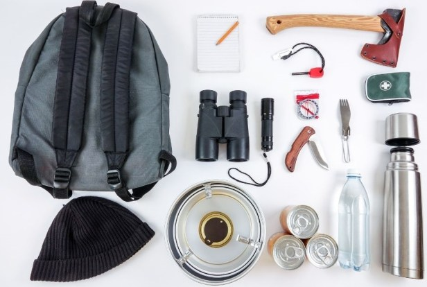 Survival kit for car a must-have to overcome the unexpected