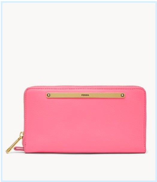 There is no doubt about the quality of Fossil leather bags and wallets. Elegant leather wallet from Fossil, a well known brand that creates some of the best leather bags and accessories.