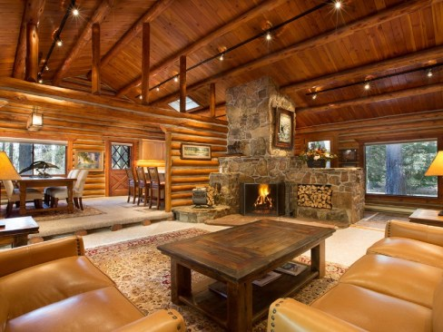 Triple-Creek- log cabin with fire place Ranch-Darby