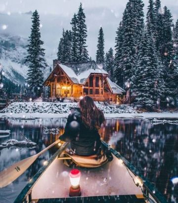 Winter cosy cabin with lake view