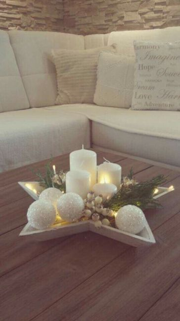 Wood star centerpiece for coffee table