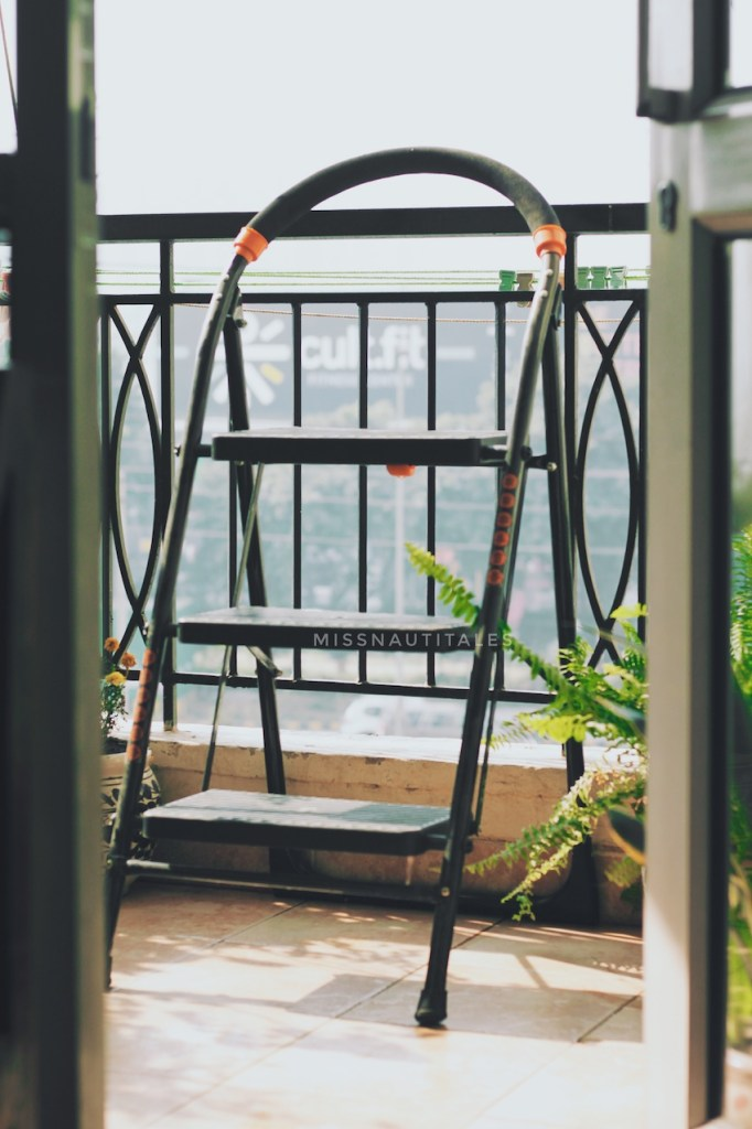 decorate small balcony ladder