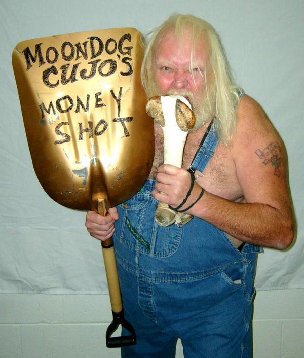 Moondog Cujo.