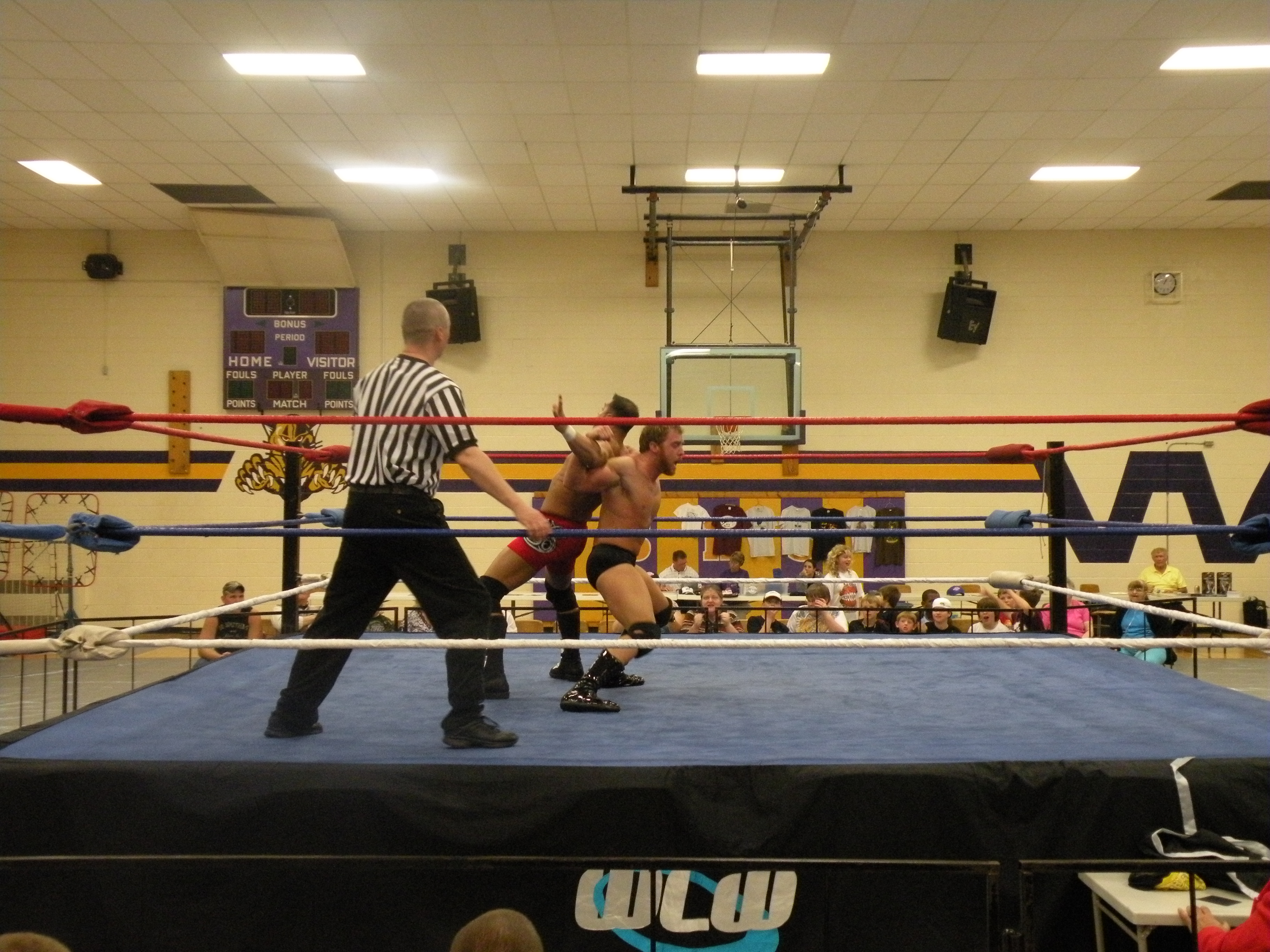 "Young up and comer Jason Jones proves his skills early in the match against the former WLW Champion Steve Anthony  (Photo Credit: Brian ""Flair"" Kelley)"