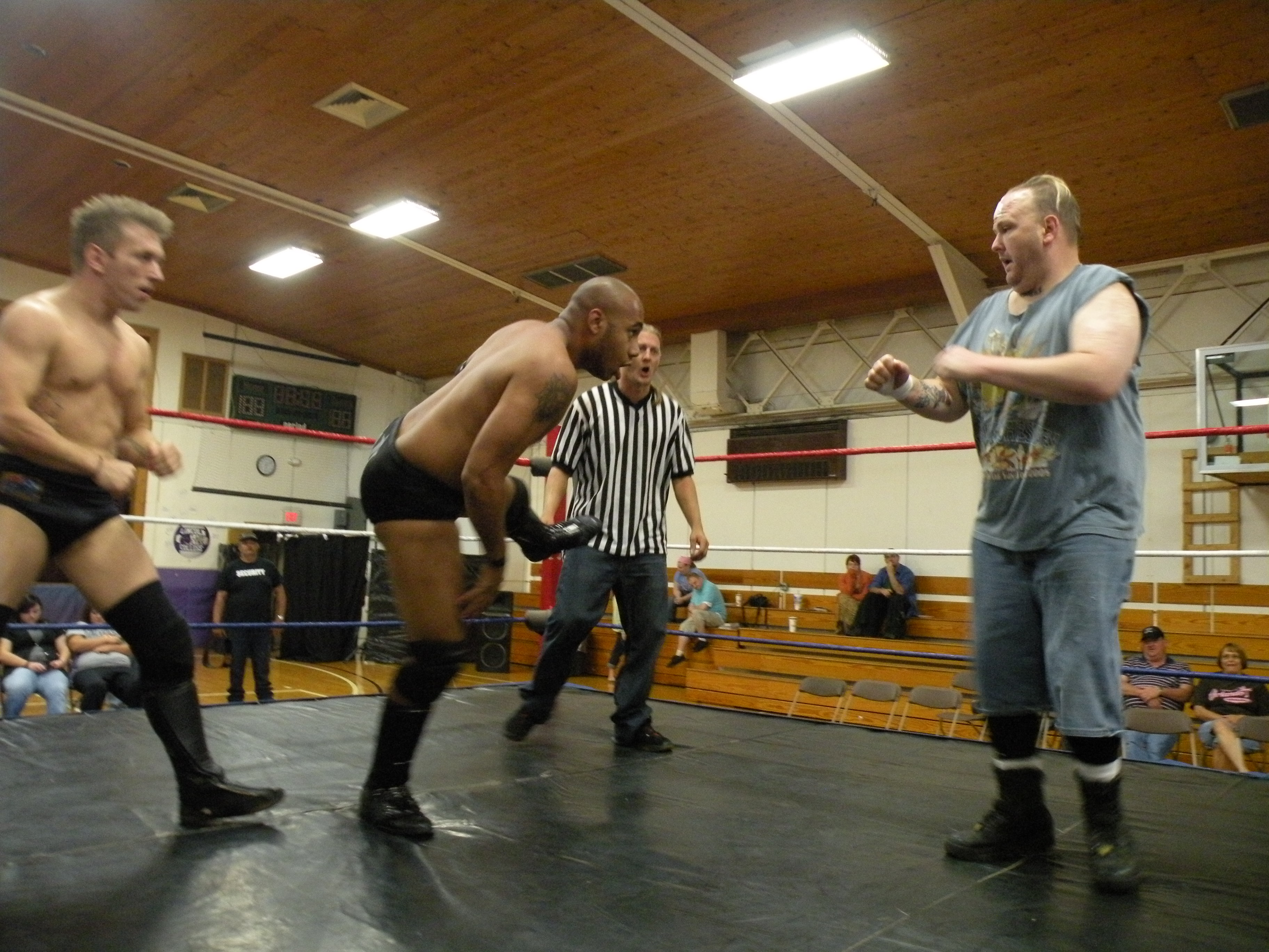 """Dingo and Ian Rotten plays catch with Cages head.(Photo Credit Brian """"Flair"""" Kelley)"""