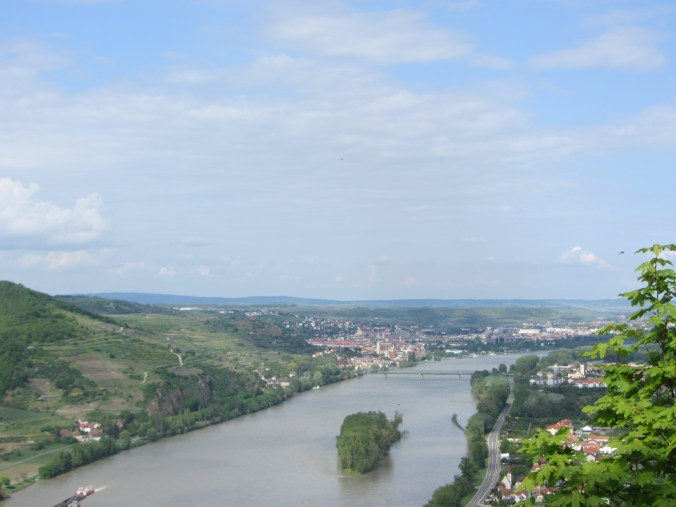 ViewtotheDanube,KremsandMautern