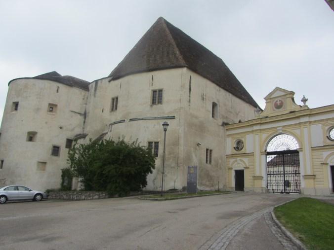 South entrance to Göttweig monastery