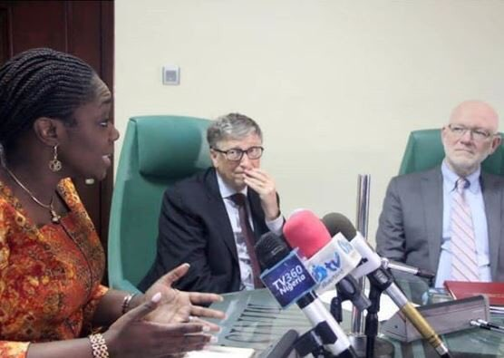 Reno Omokri mocks Finance minister Adeosun over photo with Bill Gates