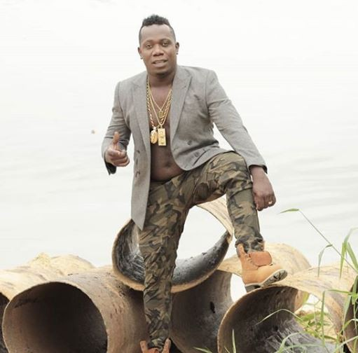 I will never live the fake life you want me to live – Duncan Mighty slams trolls