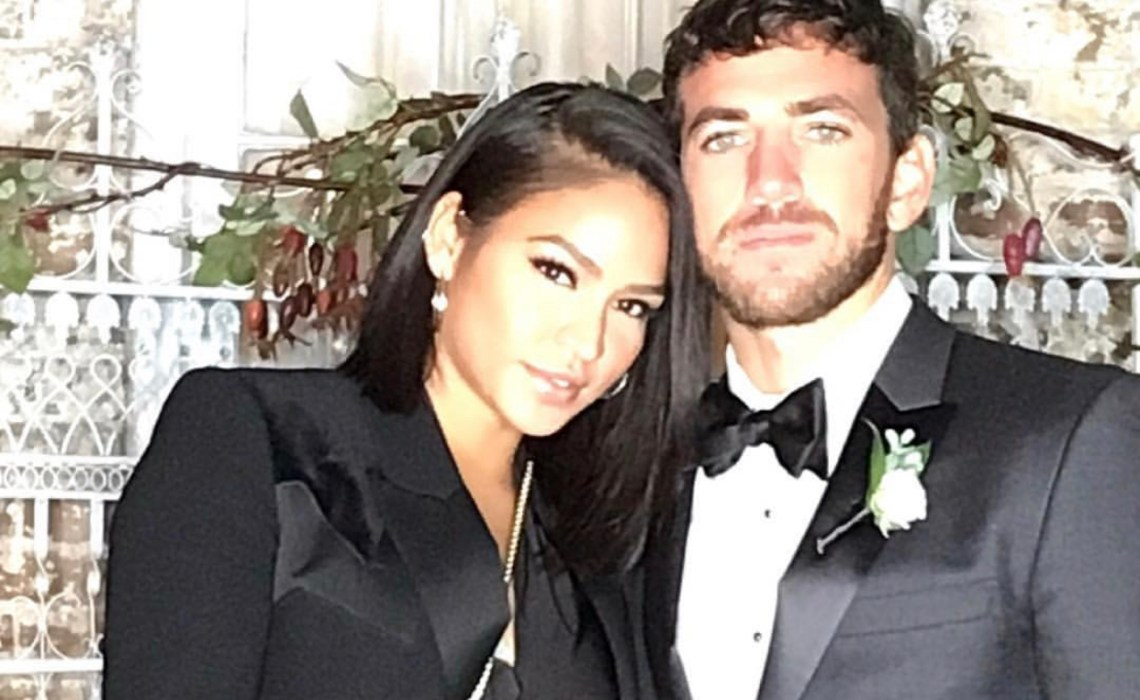 Cassie steps out with her man,Alex Fine