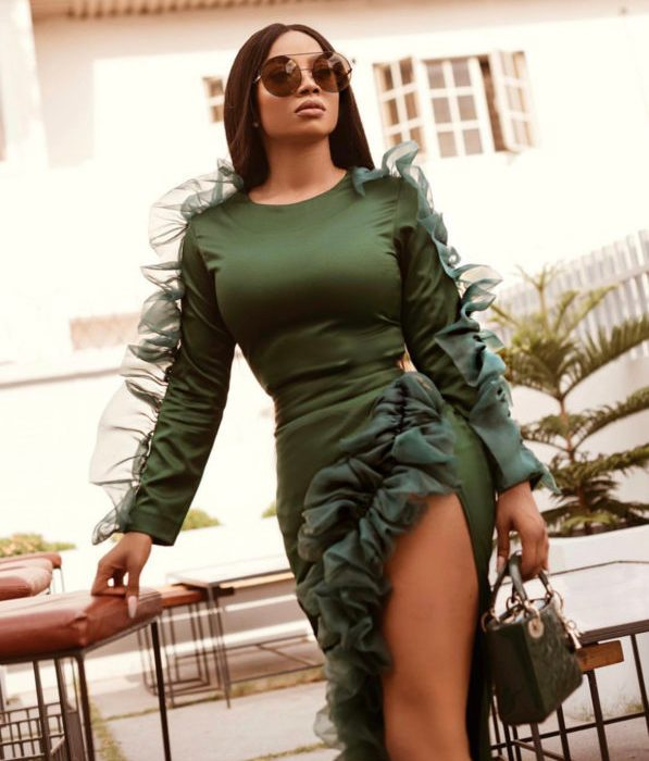 Toke Makinwa thigh-high slit outfit has us green with envy