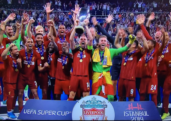 Liverpool Players, Coach Celebrate After Winning 2019 UEFA Super Cup (Photos)