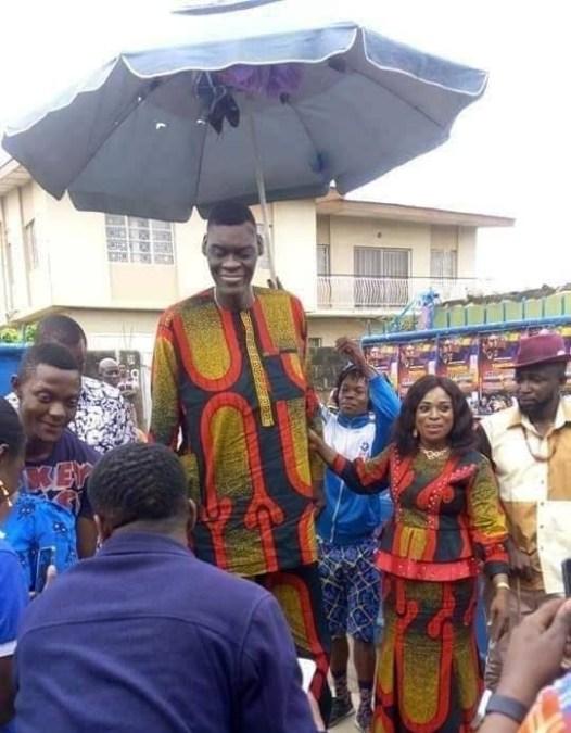 Nigeria's Tallest Man, Agoro Afeez Debunks Marriage Rumours