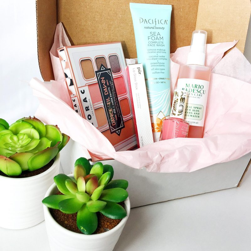 Handpicked-Beauty-Box-Review-and-Unboxing
