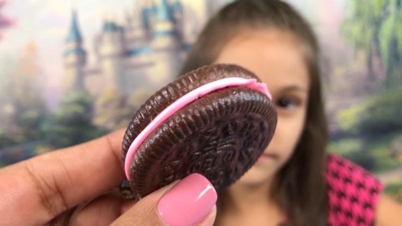 Blippo Kawaii Oreo Cookie Keychain