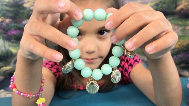 Blippo Kawaii Shell bracelet