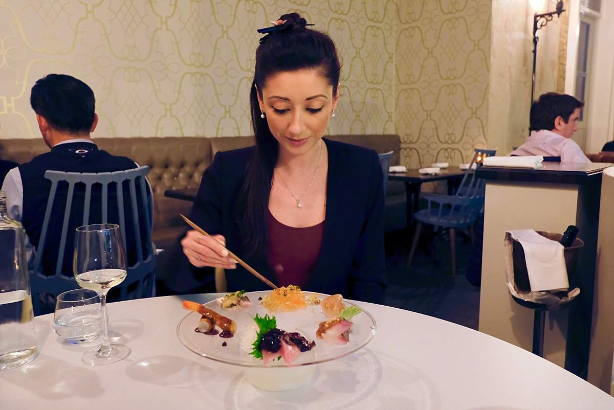 Sashimi Island Yashin - Yashin Ocean South Kensington- Yashin Ocean House London- Sushi without soy suace? Guest post by Lara Olivia Miss Portmanteau - Club Elsewhere- The world's travel diary - Rosie Bell Editor & travel writer - sushi omakase - London South Kensington Restaurants
